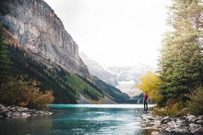 Discover Lake Louise (Fall Sightseeing)