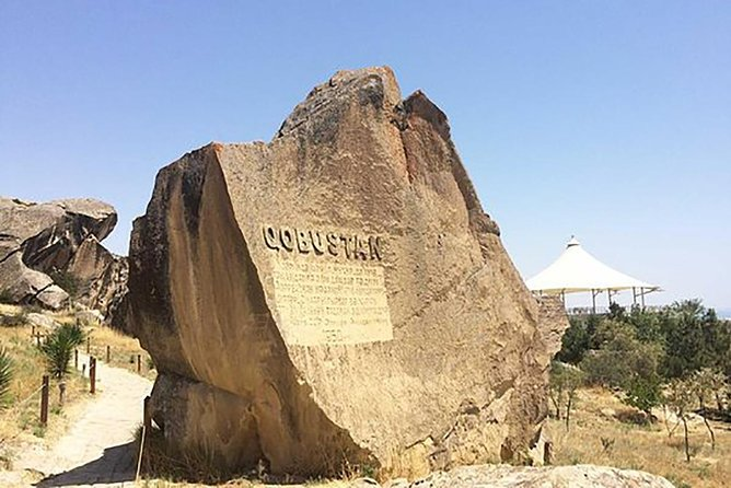Historical tour of Baku - Qobustan and Mud Vulcano