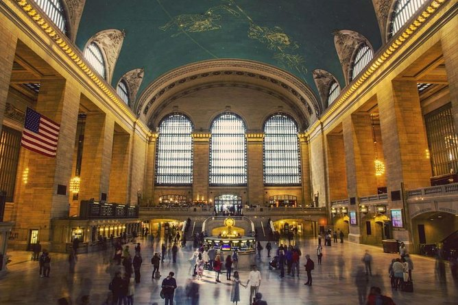 Tour to Grand Central Terminal in Italian