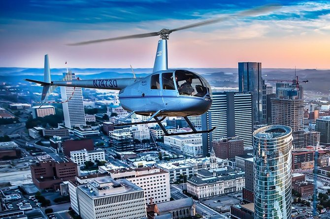 Helicopter Tour of Downtown Nashville & Music City (20-Minutes)
