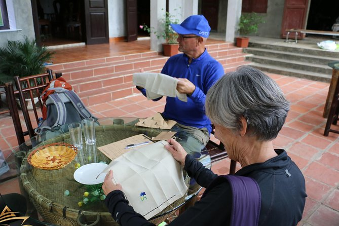 Luxury Trang An- Hoa Lư- Local Family-Cycling -Cooking Class -Limousine Transfer photo 16