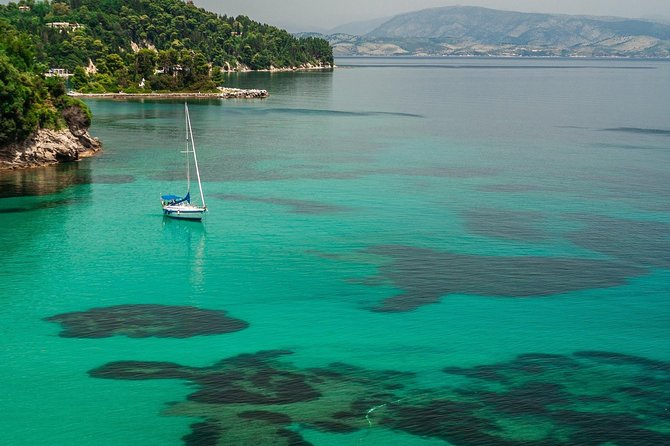 3-hours Small Group Tour - Palaiokastritsa & Corfu Town
