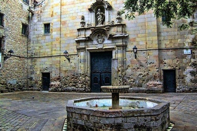 Barcelona Gothic Quarter in Portuguese