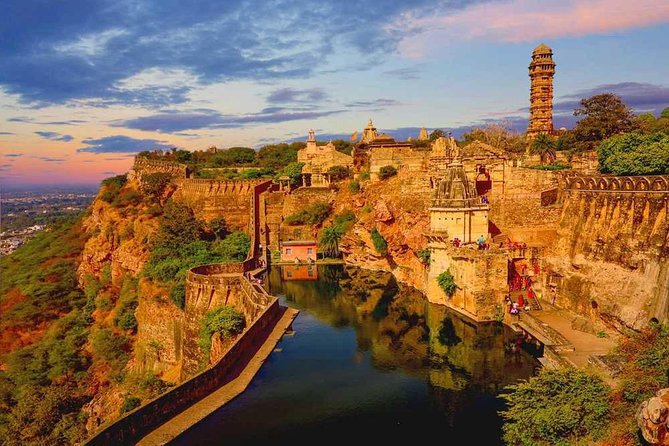 Private Day Tour UNESCO Chittorgarh Fort from Udaipur City