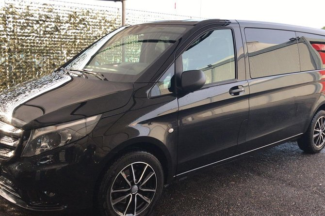 Transfer from Rome center to Fiumicino airport with van
