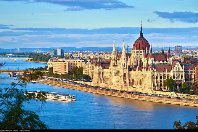 Private multiday sightseeing tour of Europe - Prague to Budapest