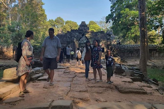 Afternoon Tour to Ta Prohm, Bayon and Angkor Wat Temple with Sunset