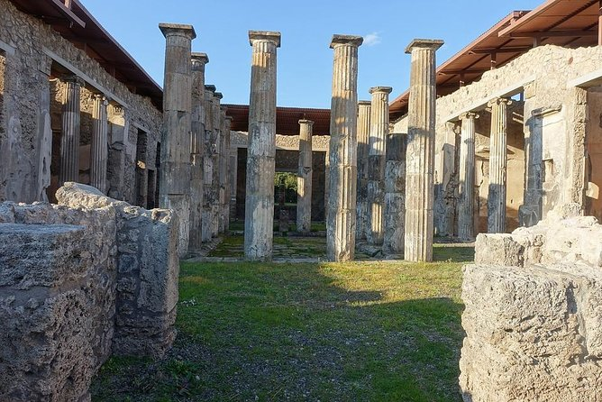 Private 8-hour Excursion of Naples and Pompeii from Naples Cruise Port or Hotel