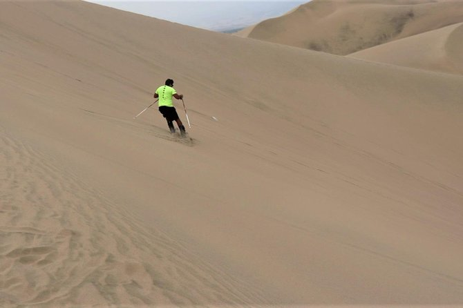 1-hour tour in a Polaris vehicle / Huacachina desert photo 4