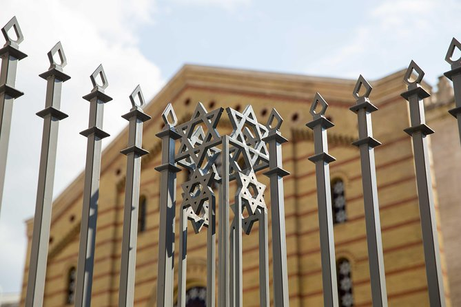 Remembering - The Jewish History of Budapest - Car Tour