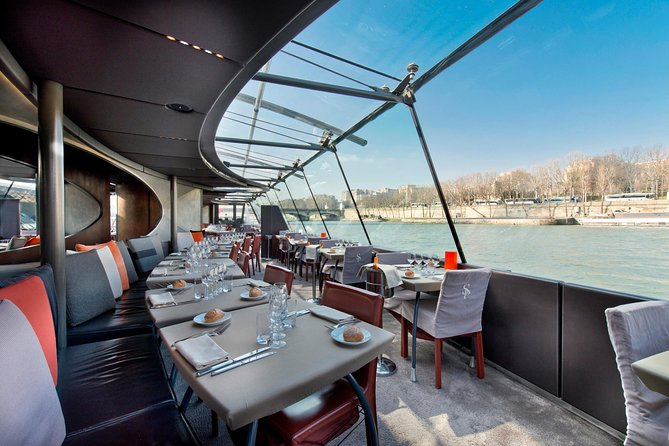 Luxury Paris Day Trip plus Bateaux Parisiens Lunch Cruise with Louvre Upgrade
