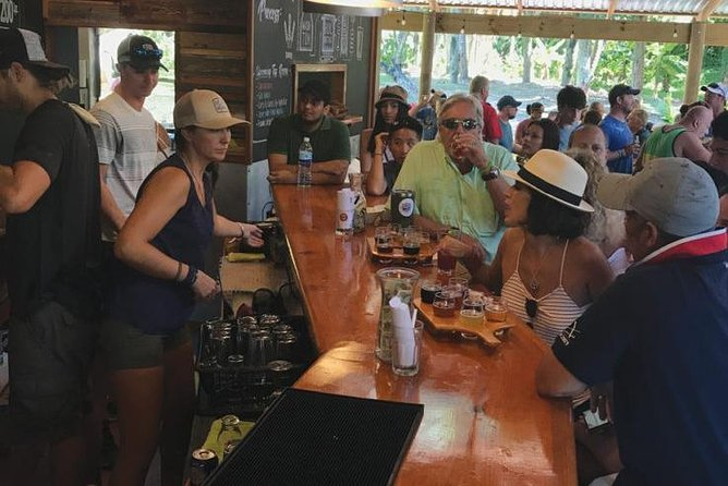 Half-Day Tour in Roatan With Brewery, Rum and Chocolate Factories visit