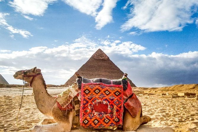 Full-Day Private Guided Tour to Pyramids of Giza Dahshur Sakkara and Memphis