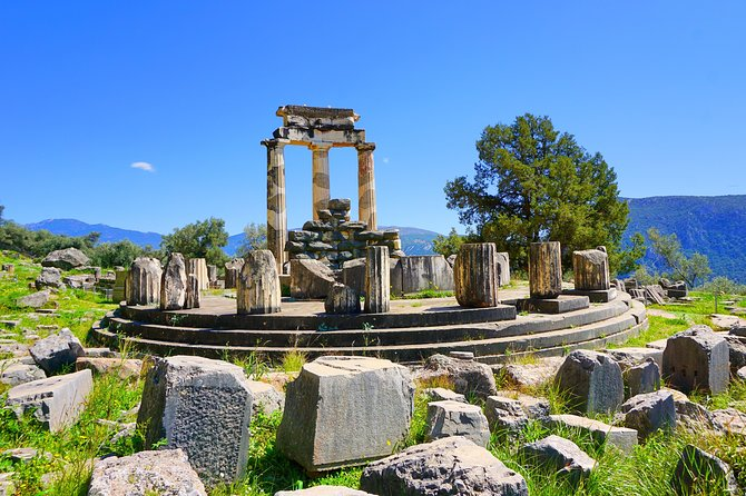 Delphi Private Day Trip: An immersive day adventure at the Navel of the Earth