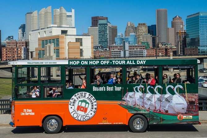 Boston Hop-on Hop-off Trolley Tour with 18 Stops photo 1