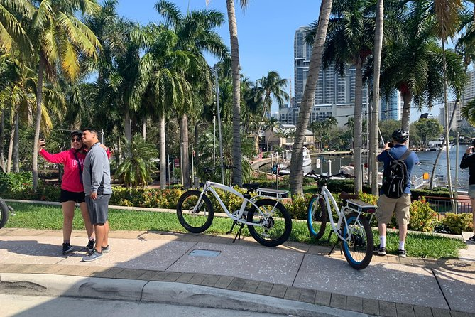 2 Hour Ft. Lauderdale Guided Electric Bike Tour photo 1