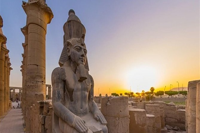 Private Day Tour of the East and West Banks from Luxor