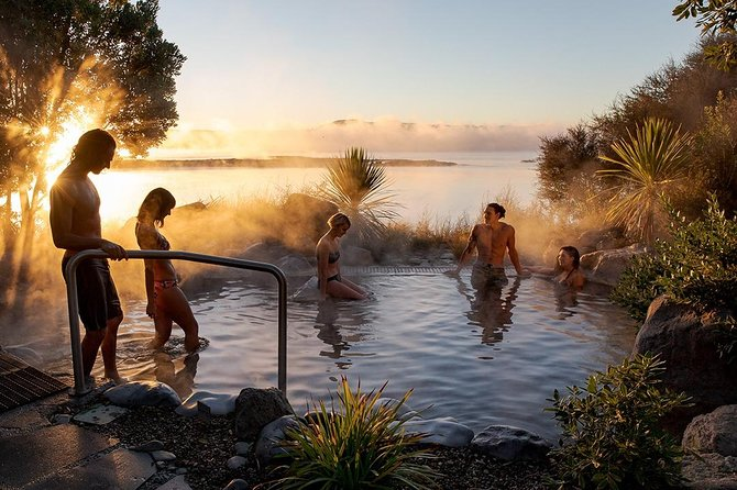 Rotorua Highlights Small Group Tour with Optional Extra Activities from Auckland