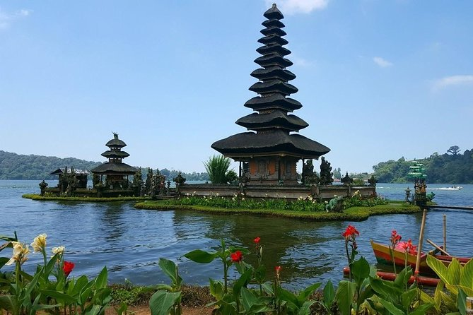 Private Bedugul Village and Tanah Lot Chartered Car