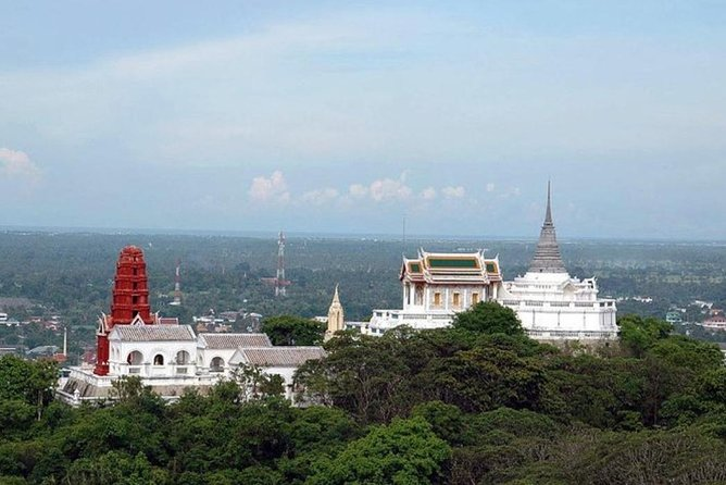 Petchaburi Palace & Temples, Khao Luang Cave Private Tour from Hua Hin