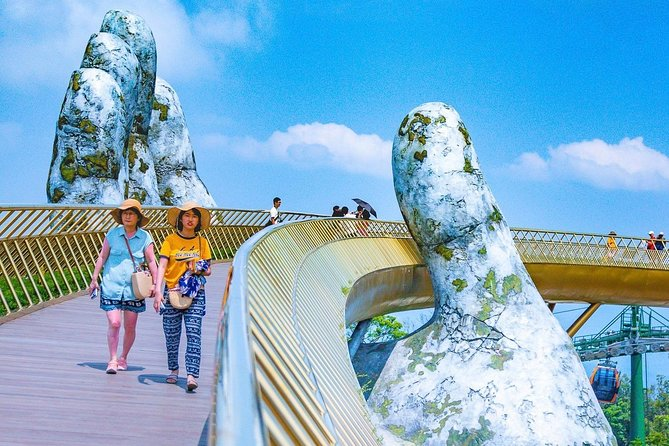 Car & Driver: Visit Golden Bridge & Ba Na Hills from Da Nang