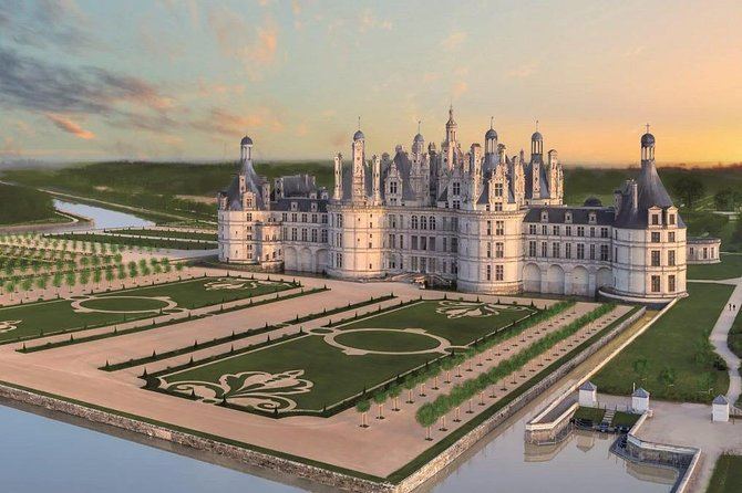 Discover Chambord castle(Loire) from Paris Charles-de-Gaulle CDG Airport