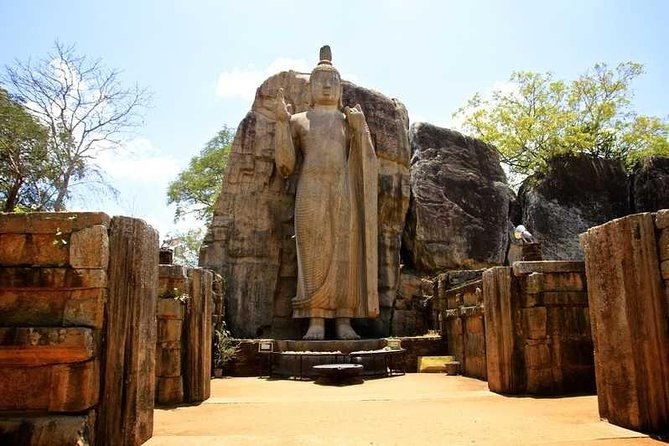 Full-Day Polonnaruwa Ancient Ruins Private Tour From Negombo