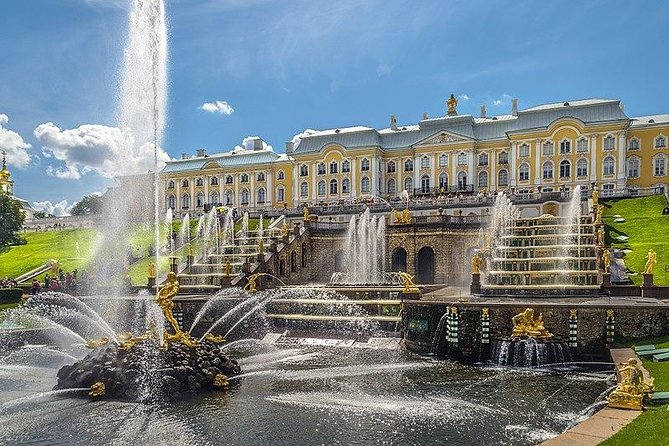 Half Day Excursion to Peterhof Fountain Park