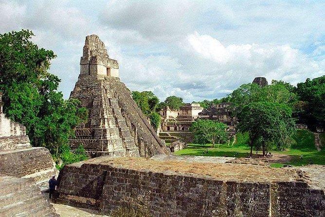 Archaeological Tour Tikal National Park