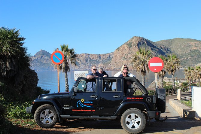 "Stunning Jeep Wrangler ""The Rockstar Tour"" (4 Hours - Min of 4 Passengers) photo 10"