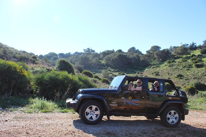 "Stunning Jeep Wrangler ""The Rockstar Tour"" (4 Hours - Min of 4 Passengers) photo 4"