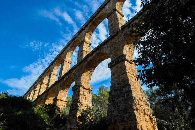 Roman Tarragona and Glamorous Sitges Small Group Tour from Barcelona