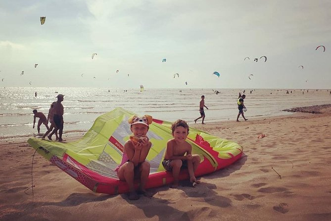 Kitesurf and Surf lessons. Individuals and Groups. Derivatives