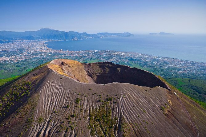 Mount Vesuvius & Wine Tasting with Lunch Private Tour
