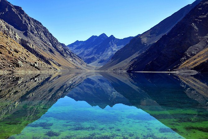 Private tour to Laguna del Inca, archeological park and more
