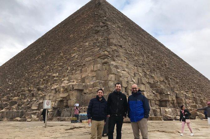 4 Hour Giza Pyramids & Sphinx Tour