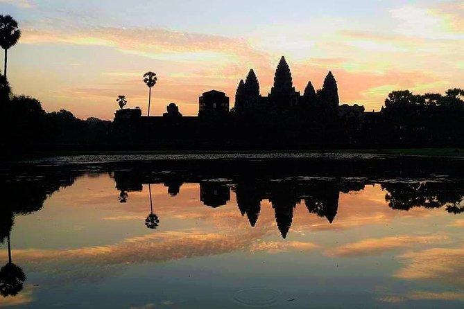 Angkor Wat Twilight Tour: Full Day