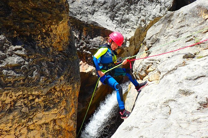 Canyoning for family and kids in Sierra de Guara
