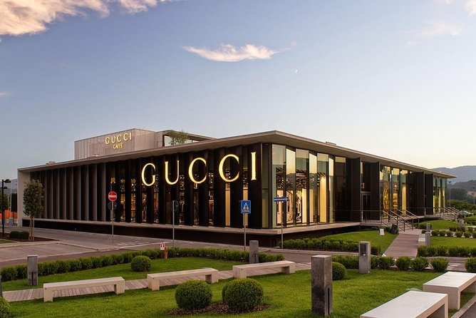 A Day at The Mall Luxury Outlets (Prada, Gucci) - Ultimate Shopping Experience