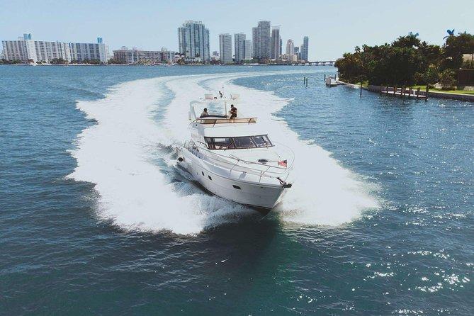 6 Hr Yacht Charter in Miami - 58' Neptunus Flybridge with Capt & Crew - You+12