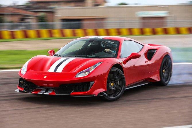 Be a pilot - Ferrari track day