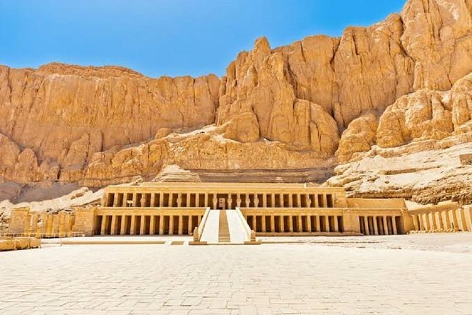 Full Day Tour to East and West Banks of Luxor (private tour)