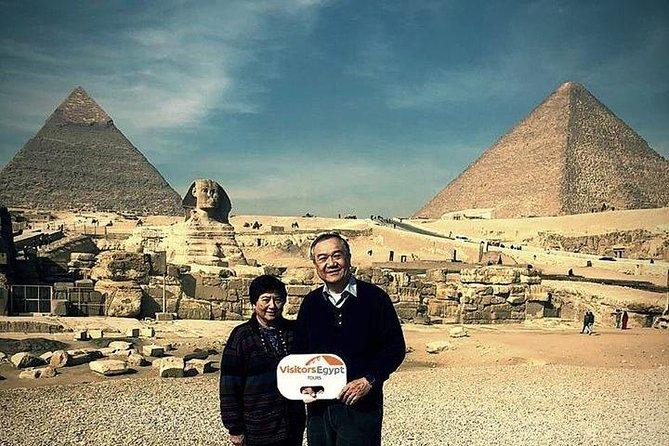 Day Tour at Giza Pyramids & Sphinx