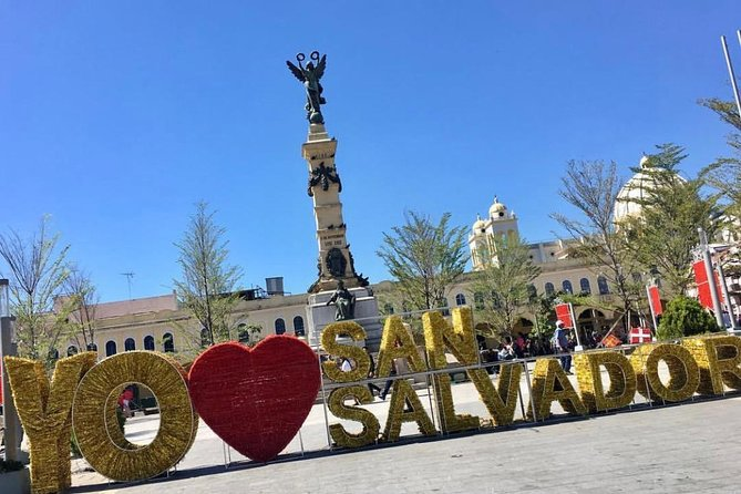 Highlights of San Salvador: Old City Downtown, Antiguo market and the volcano