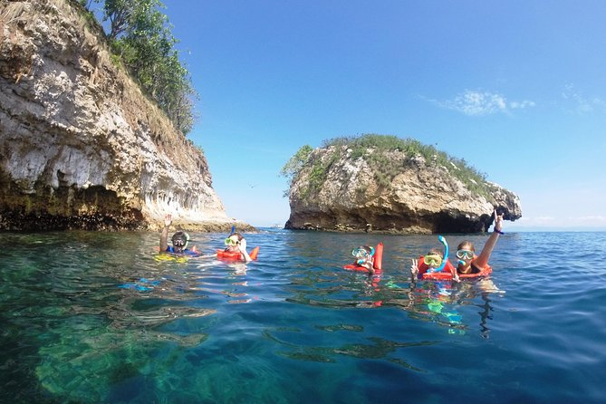 Private trip at Los Arcos: A paradise between sea and land