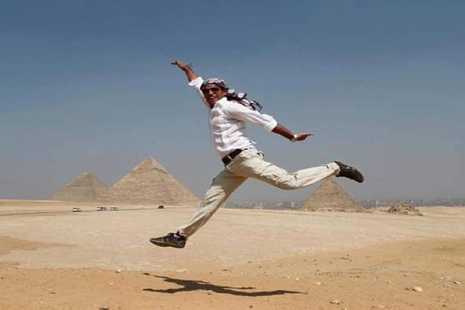 Pyramids photo session tour with professional photographer
