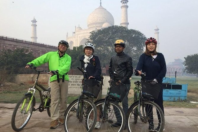 Agra Local City Tour by Motorcycle, Tuk-Tuk Or