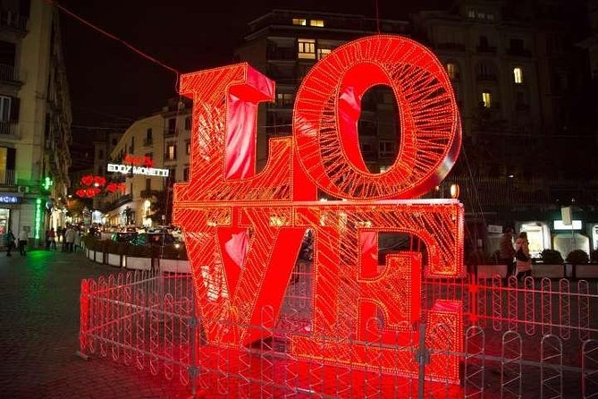 Valentine's Day Romantic Tour in Naples