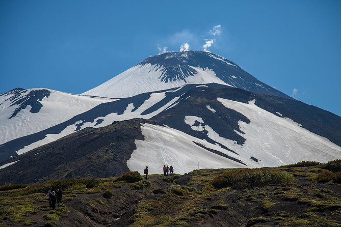 Day tour to Avachinsky volcano (Private Jeep tour)