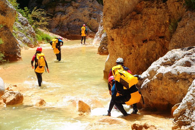 3 days of canyoning in Sierra de Guara
